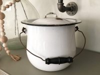 Large Enamelware Pot with Lid